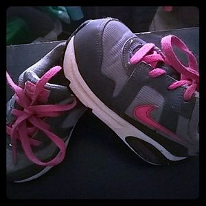 Other - Girls 8c Nike